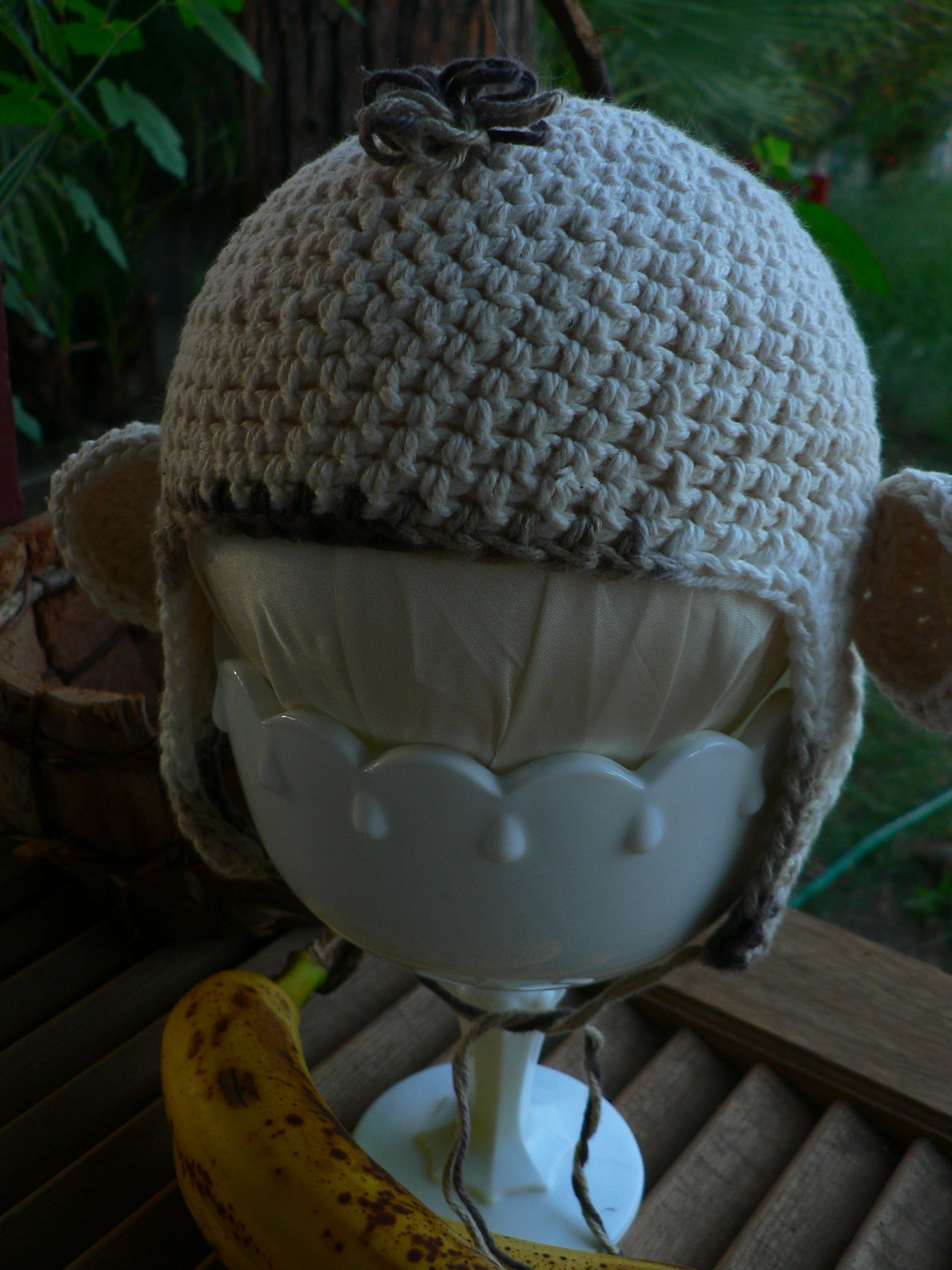 made a crocheted monkey hat.... | my stuff | Pinterest | Affe und Hüte