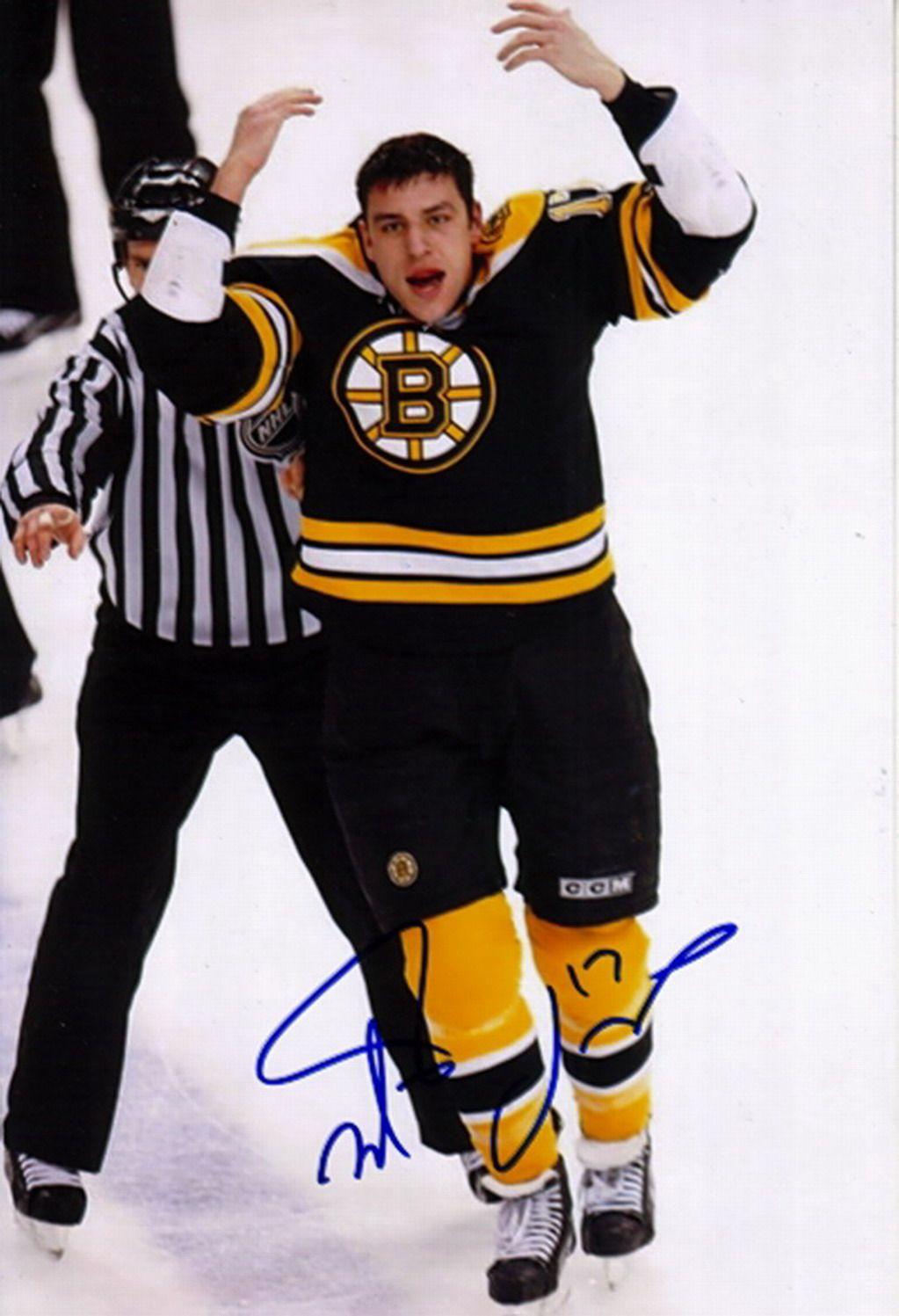 Idea By Amy Maceachern On The B S Boston Bruins Bruins Boston Bruins Hockey