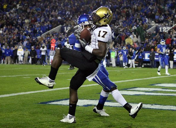 D.J. Moore Photos Photos: Vanderbilt v Kentucky ...