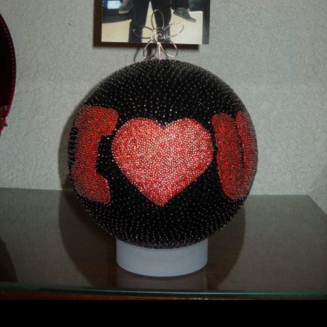 Portarretratos De Amor Con Una Bola De Unicel Alfileres