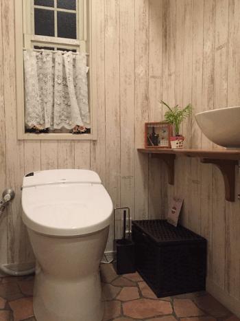 トイレの壁紙クロスの選び方 張り替え費用 おしゃれな事例まとめ