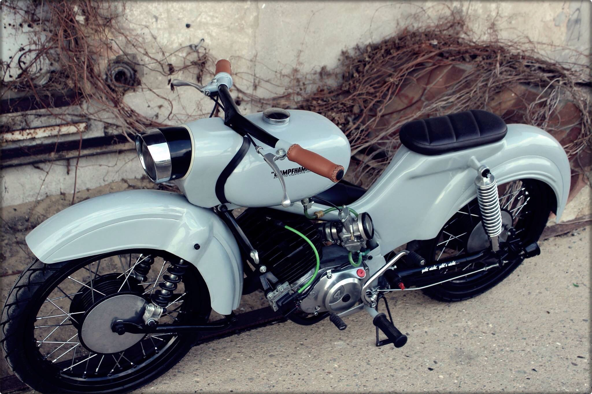 simson star custom moped bikes no harleys pinterest mopeds scooters and vespa. Black Bedroom Furniture Sets. Home Design Ideas
