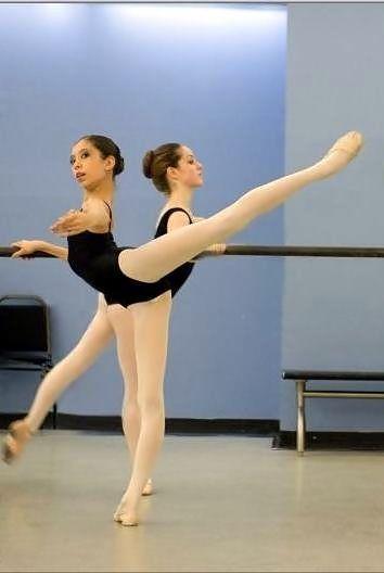 Grand battement derriere Tanzen, Ballettunterricht, Arabisch, Mikhail Baryshnikov, Zitate Über Fotografie, Tribute Von Panem