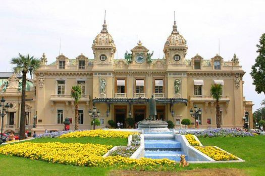 the Casino Monte Carlo (70 pieces)