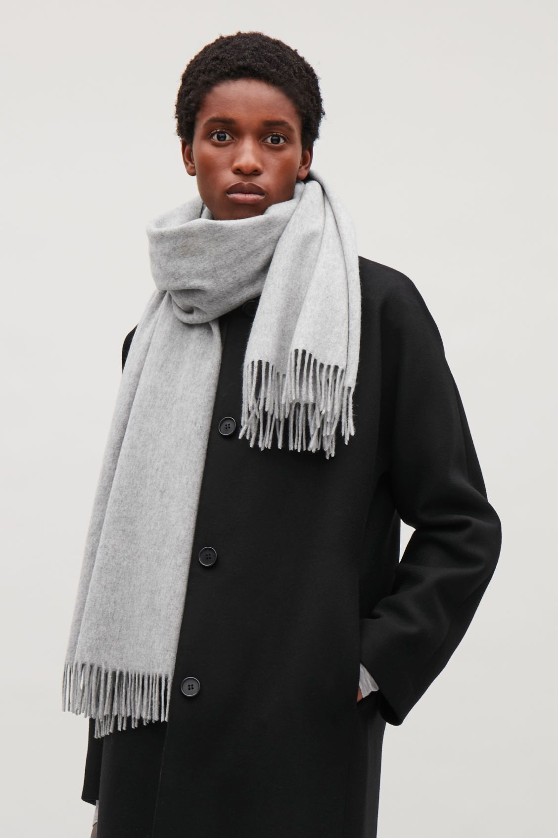 315a7a8b9 Side image of Cos wool-cashmere scarf in grey | Wear | Cashmere ...