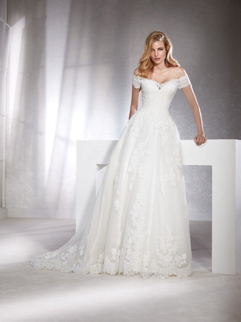 5e565a8076 Pronivias, White One, Fabiana sample size 8. Pronivias, White One, Fabiana  sample size 8 European Wedding Dresses ...