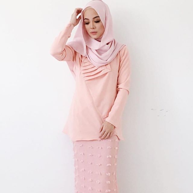 #pinkyheejab
