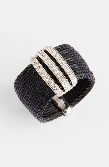 Rosamaria G Frangini | High Black Jewellery |  Three Row Diamond Bar Ring