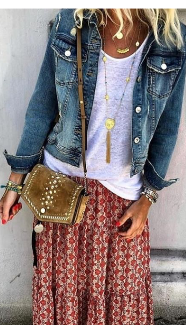 Love the boho vibe of this skirt, white t-shirt, jeans jacket and leather crossbody purse. #jeanjacketoutfits