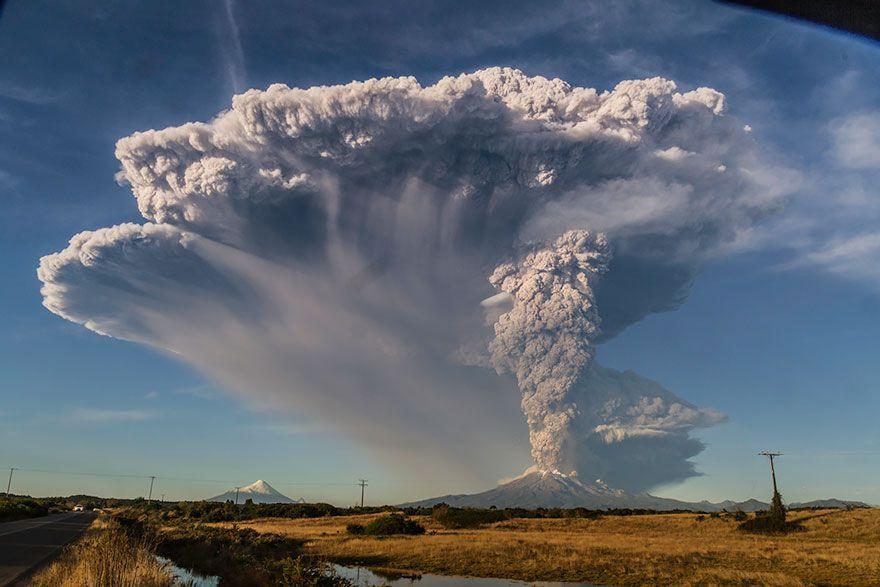 15 Adembenemende Fotos Van De Vulkaanuitbarsting In Chili Waardoor 4.000 Moesten Evacueren