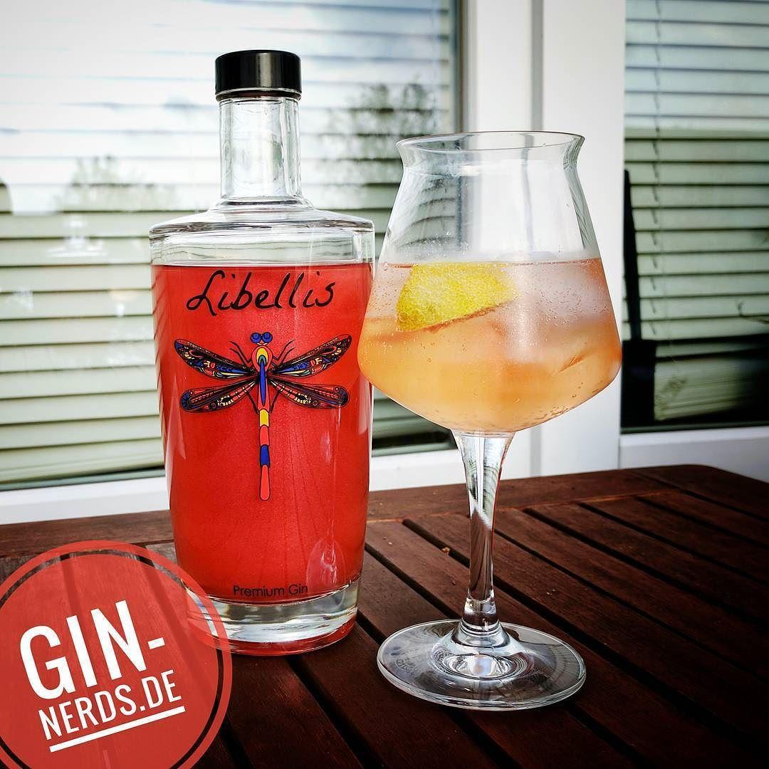 Auch Wenn Herbst Ist Haben Wir Noch Einen Schonen Sommerdrink Fur Die Terrasse 4cl Libellis Gin Ein Dash The Bitter Truth Alcohol Gin Cocktails