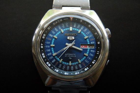 Seiko 5 Perpetual Calendar Automatic Wristwatch 7019 6070 Seiko