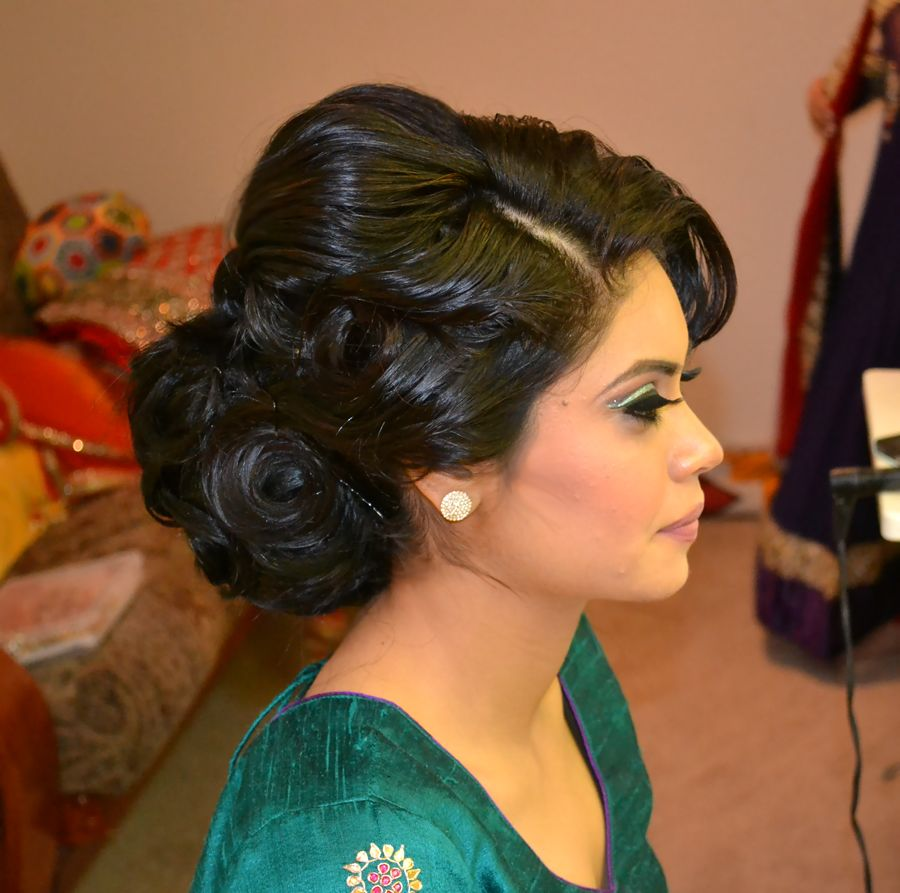 Tremendous Bridal Updo Indian Bridal Makeup And Updo On Pinterest Hairstyles For Women Draintrainus
