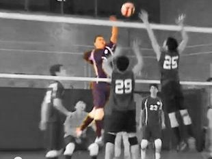 Inspiration Pass It On Yahoo Sports Features Article About Volleyball Player With O With Images Volleyball Players Inspirational Volleyball Quotes Volleyball Motivation