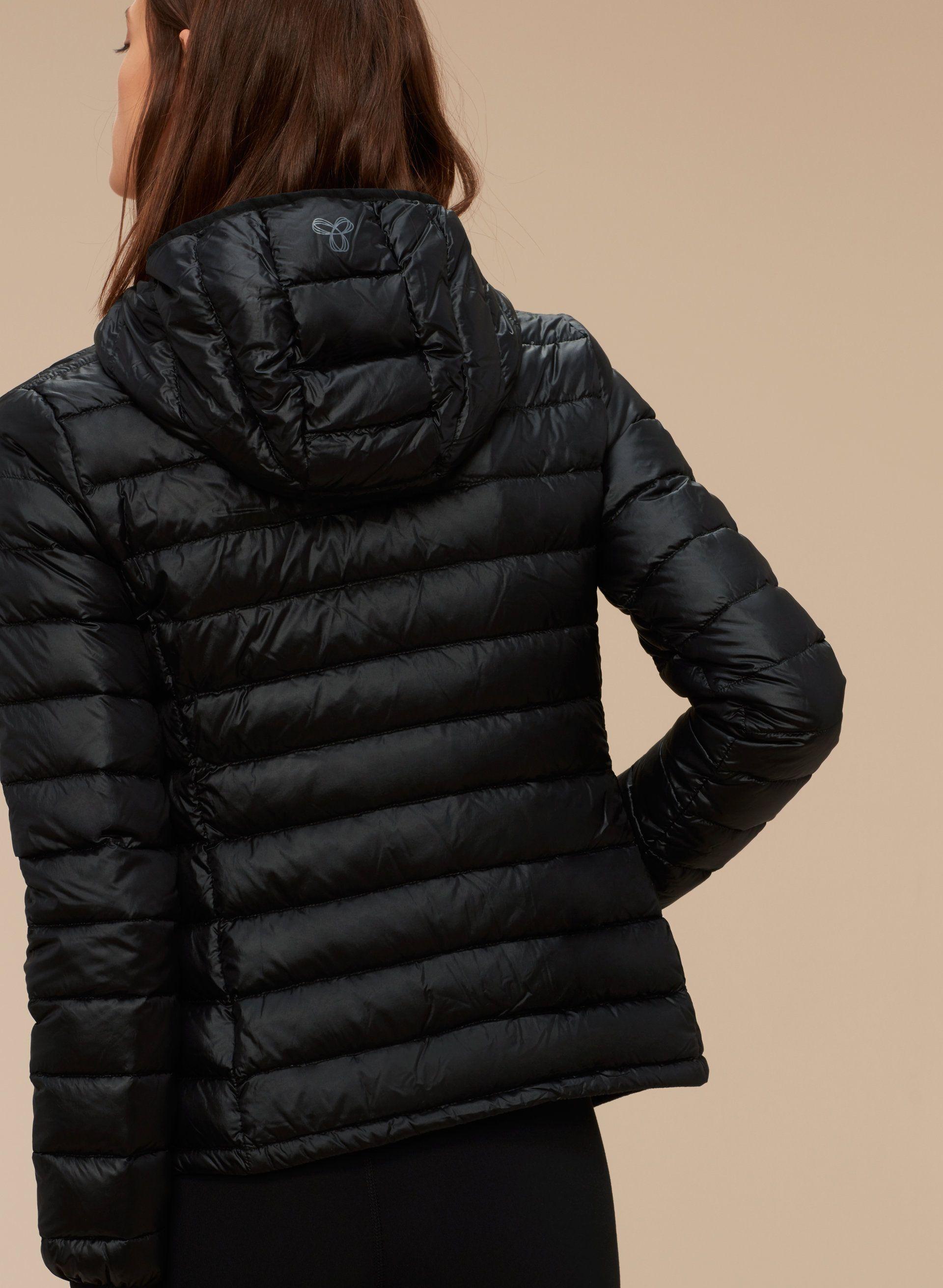 Tna Botanie Jacket Aritzia Jacket Outfit Women Bubble Jacket Outfit Puffer Jacket Women [ 2623 x 1920 Pixel ]