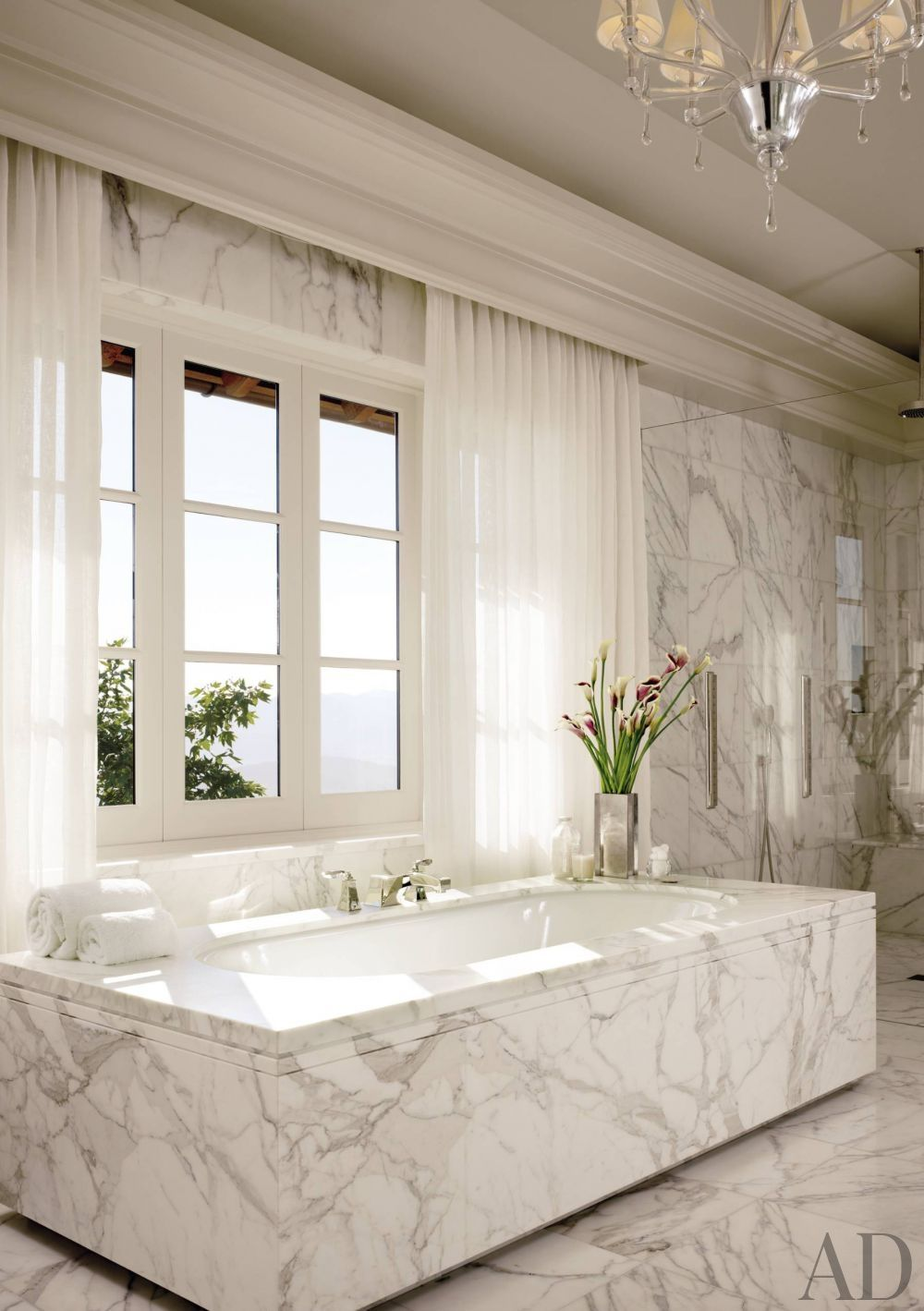 Eine Calacatta Marmor Orgie In Einem Sehr Exklusiven Badezimmer. Traumhaft!  Http://