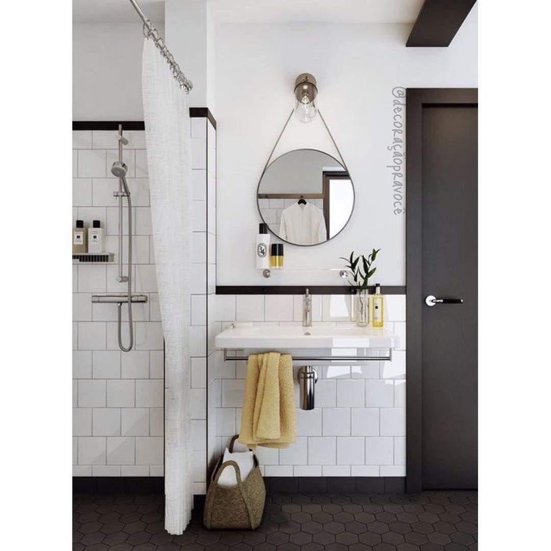 Inspiração de banheiro pra quem curte estilo escandinavo. Eu amo!  {via @yellowtrace} #decoraçãopravocê #banheirodpv