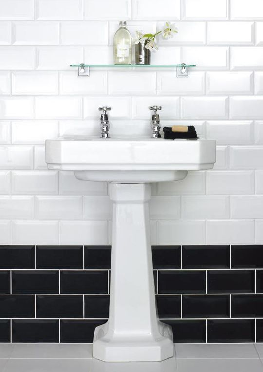 Blanco Biselado Brillo Is A Bevel Edge Brick White Gloss Wall Tile By Salcamar Vilar C White Bathroom Tiles Black And White Tiles Bathroom Bathroom Wall Tile