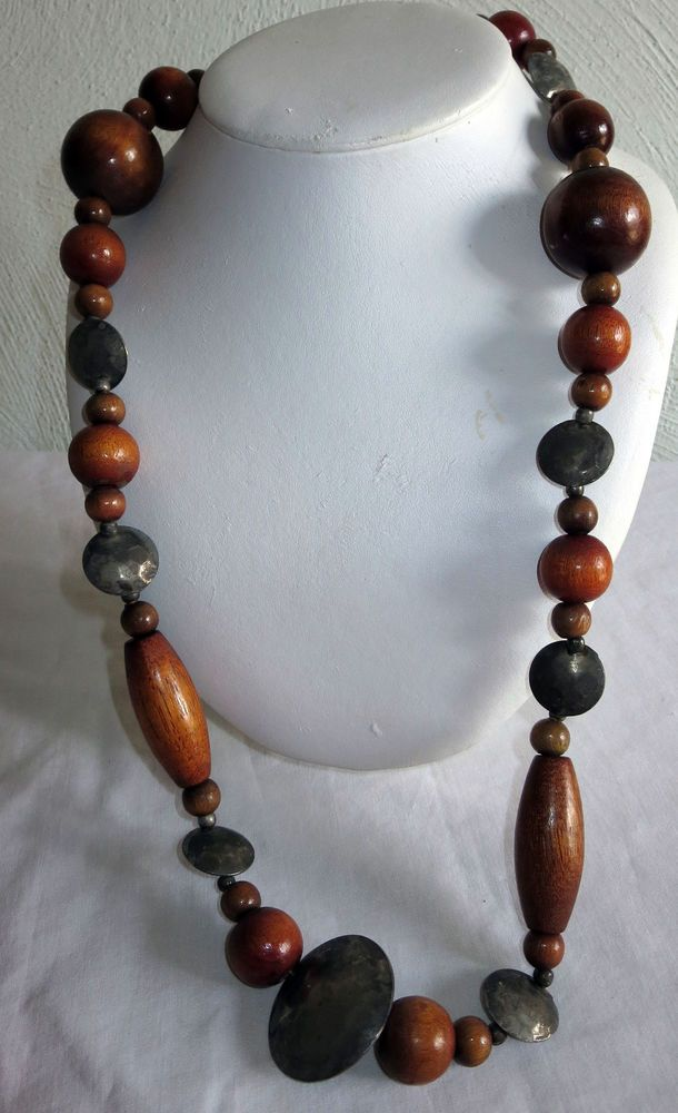 "VINTAGE ESTATE 30"" WOOD AND HAMMERED SILVERTONE BEADED NECKLACE"
