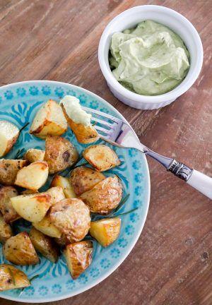 Rosmarinkartoffeln mit Avocado-Dip #kartoffelnofen