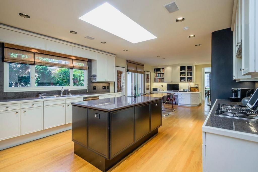 745 Bromfield Rd, HILLSBOROUGH Property Listing: MLS® # ML81576821 #HomeForSale #HILLSBOROUGH #RealEstate #BoyengaTeam #BoyengaHomes