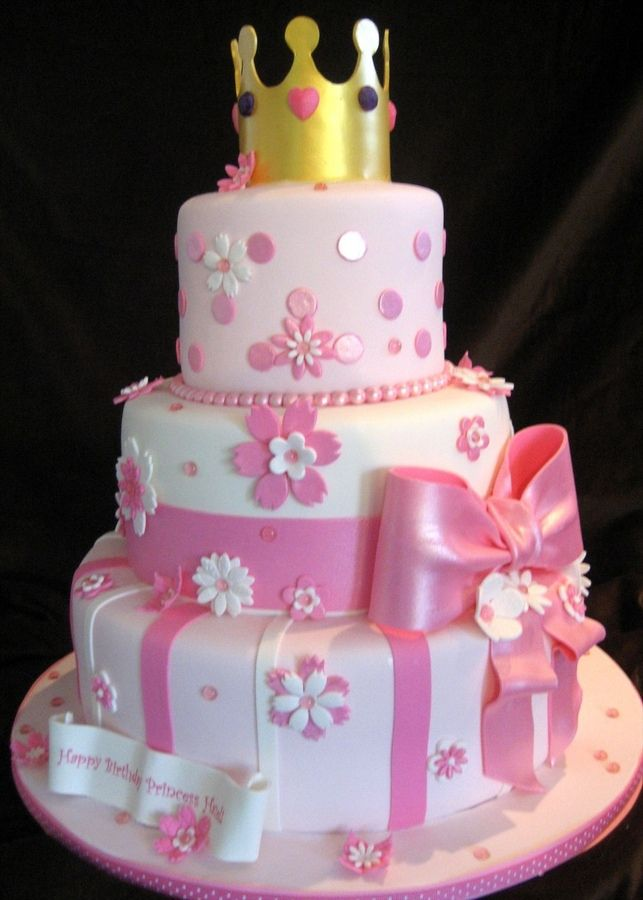 princess birthday party ideas for girls Three tier princess cake