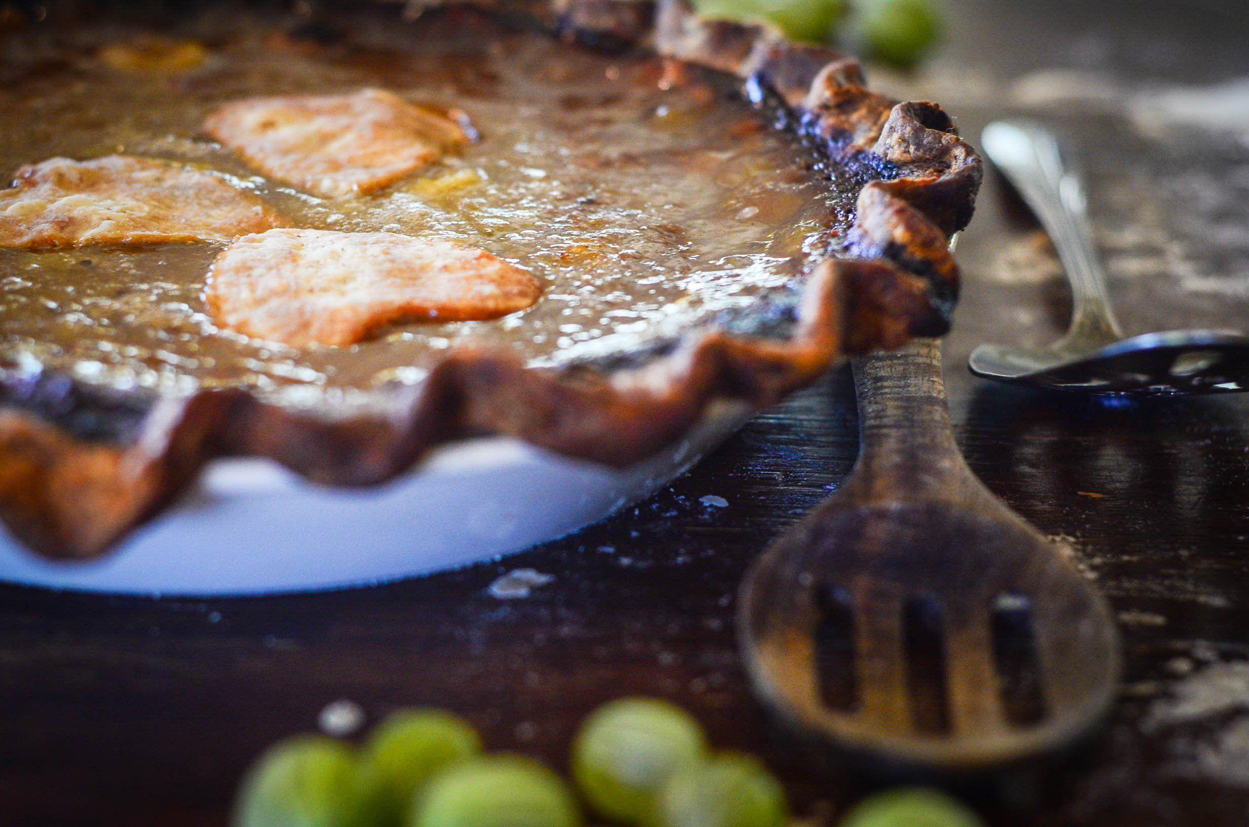 Honey Sweetened Gooseberry Pie