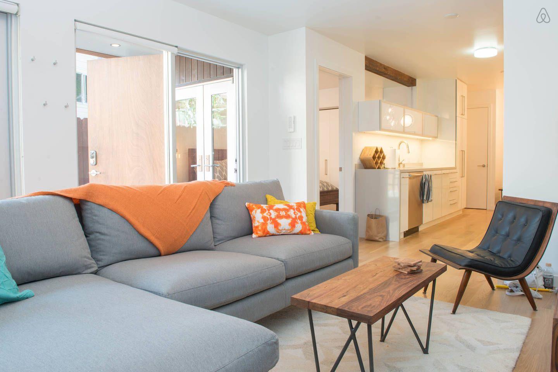 2 Bedroom on Mission's best block vacation rental in San