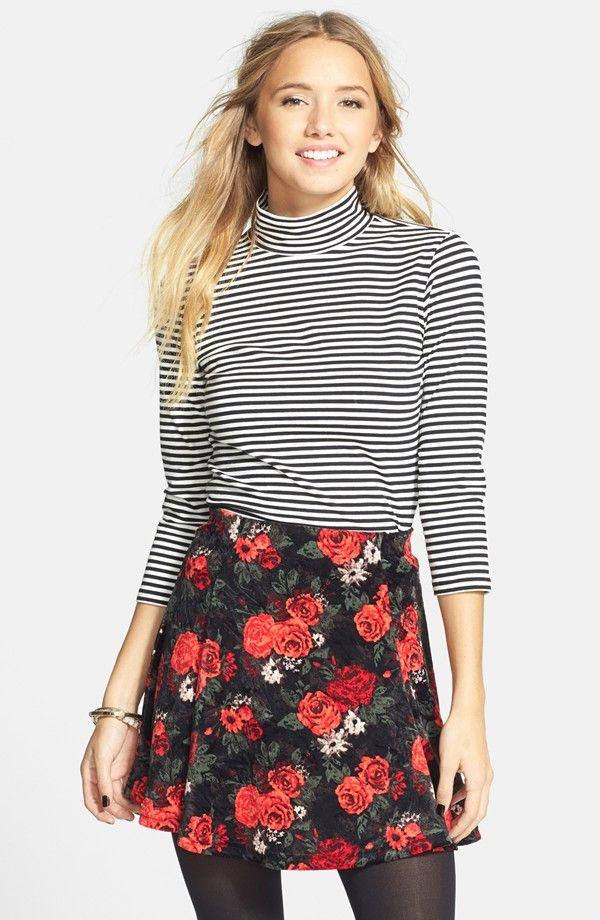 Gored Velour Skirt (Juniors)