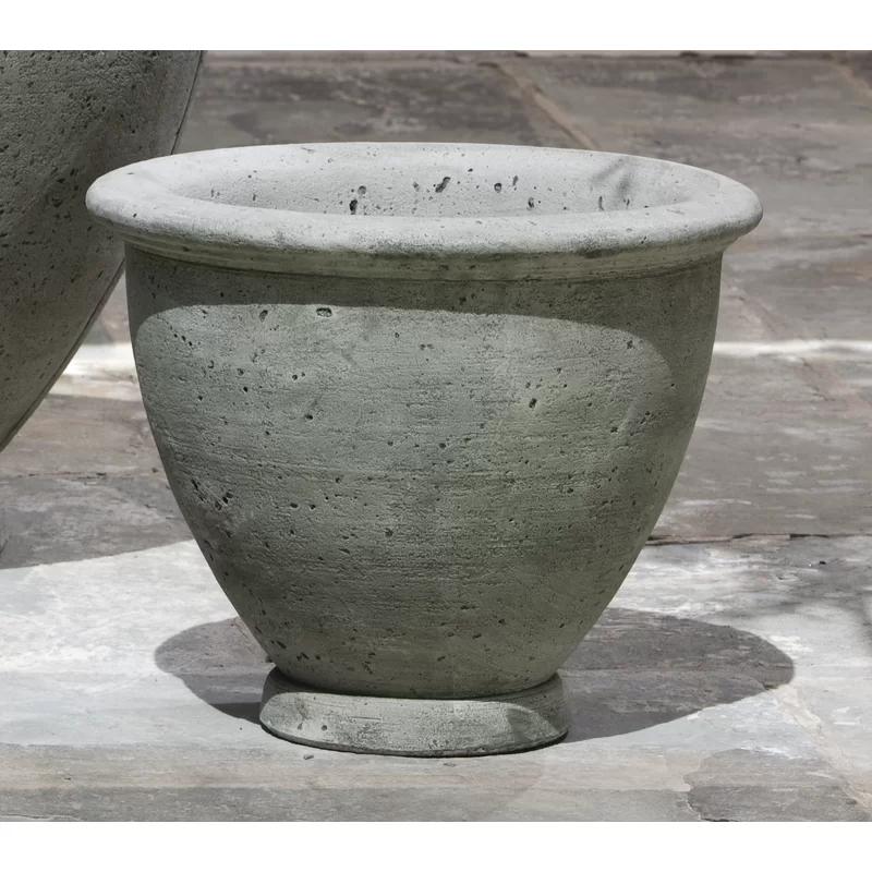 Lidio Cast Stone Pot Planter In 2020 Stone Planters Cast Stone Planters