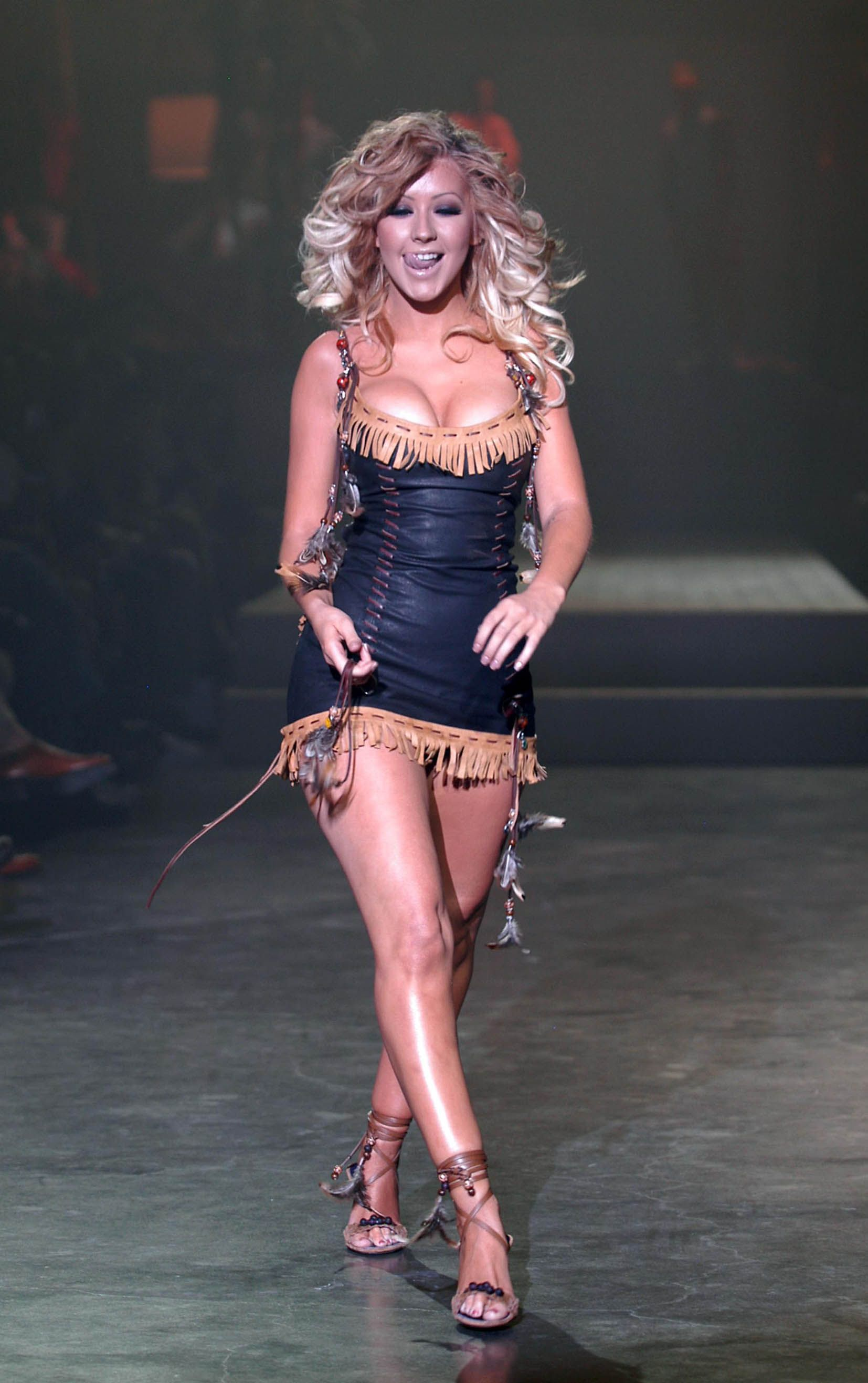 Christina aguilera fashion show 19