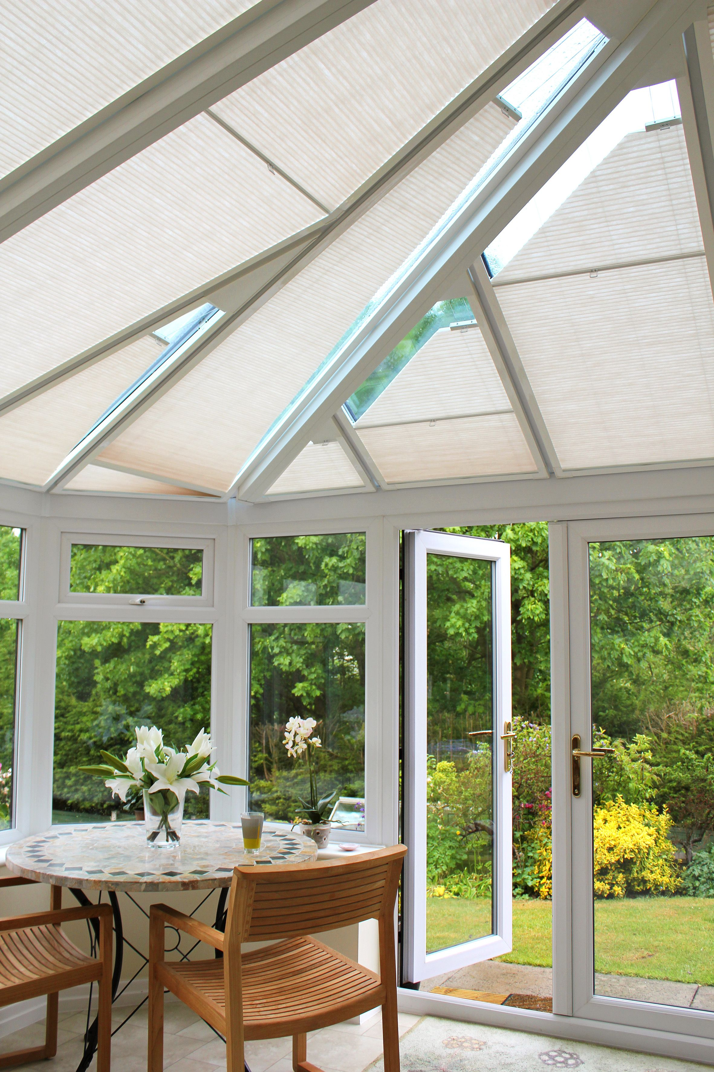 Luxaflex Conservatory Shades Come In Stylish Textures And An Exquisite Colour Palette Conservatory Blinds Don T Have B Pergola Shade Pergola Lighting Pergola