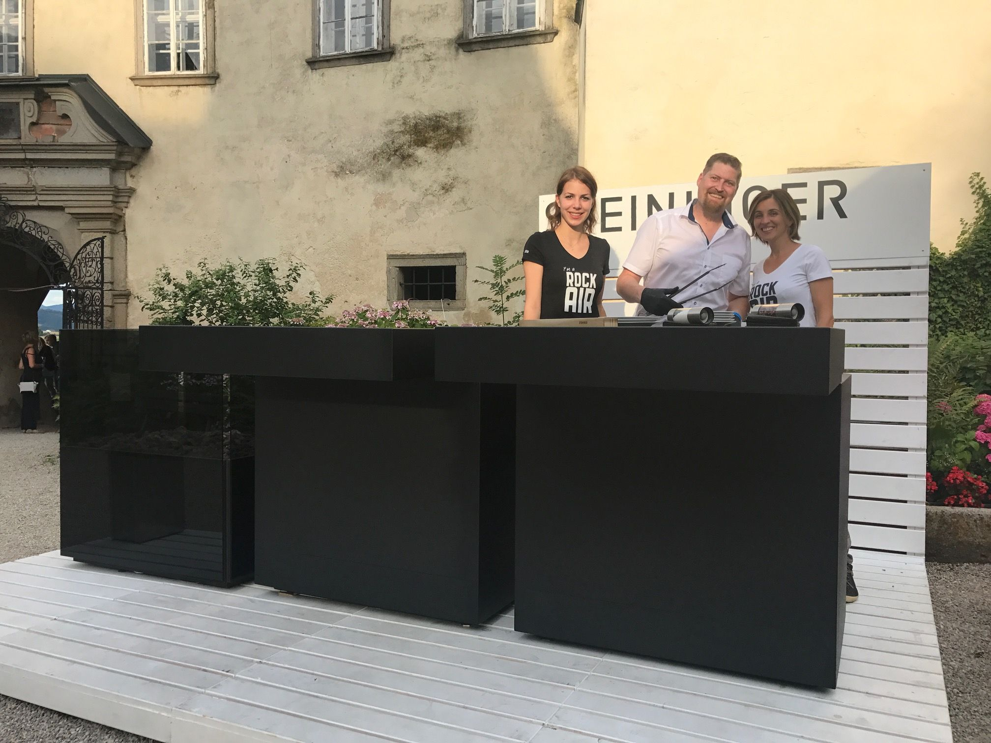 Steininger Outdoorküche : Steininger outdoorkitchen rockair burgclam clamlive concert