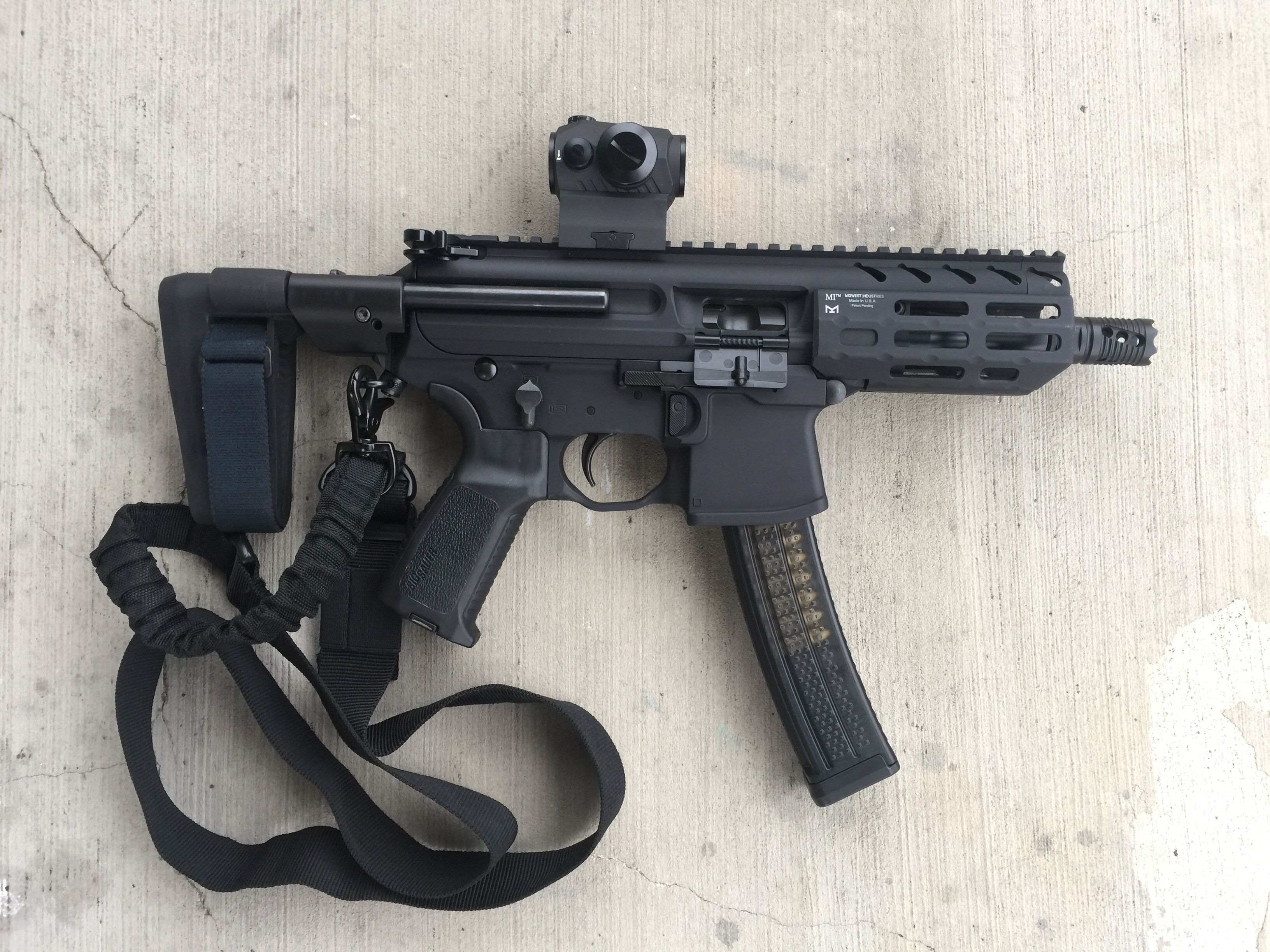 Sig MPX-k Follow us on Instagram @paperordnance   The Pew