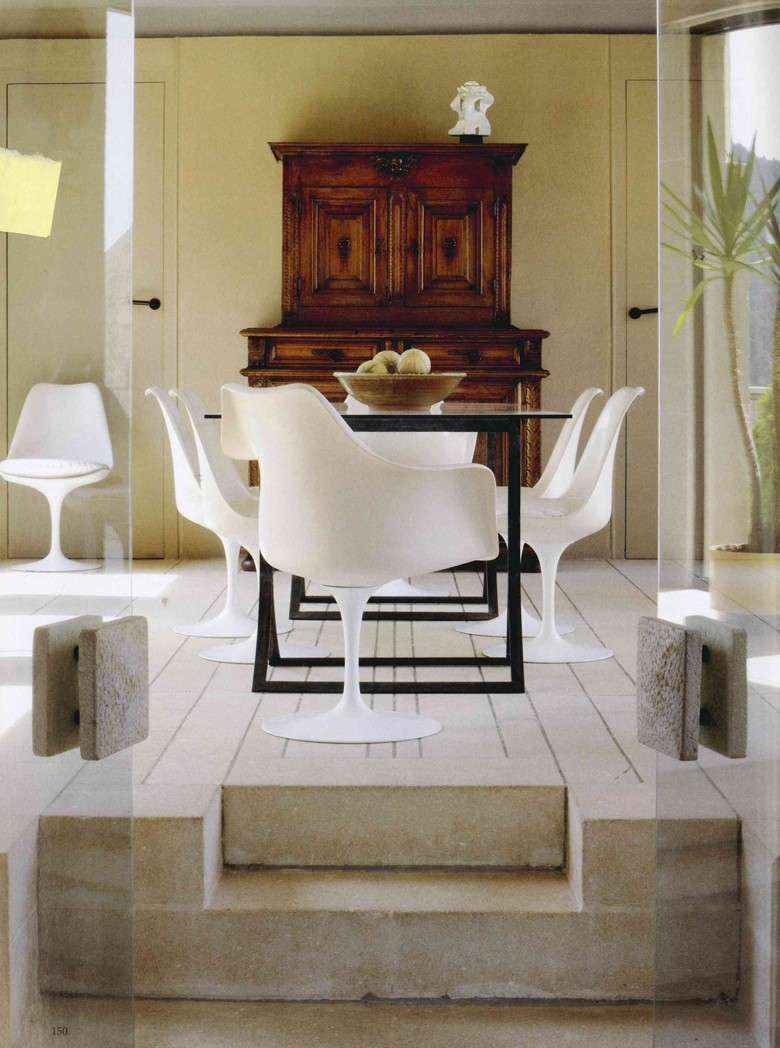 Arredare con mobili antichi e moderni arredamento for Mobili sala da pranzo moderni