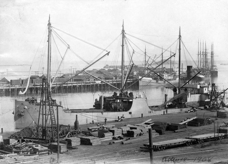 Ship docked in Port of Los Angeles, circa 1908. San Pedro Historical Society Image 43 of 48
