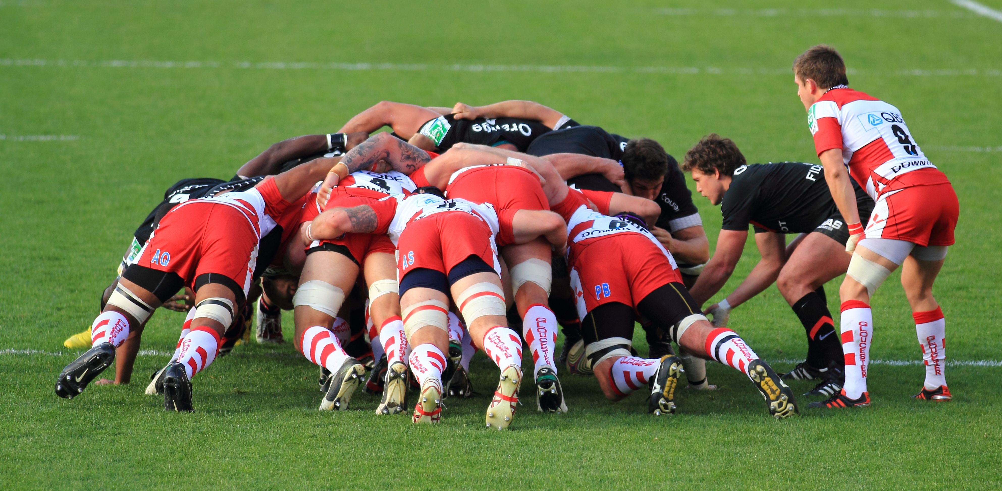 For The Players The Ultimate Guide To Treating And Preventing Rugby Injuries Rugby Scrum Rugby Injuries Live Rugby Streaming