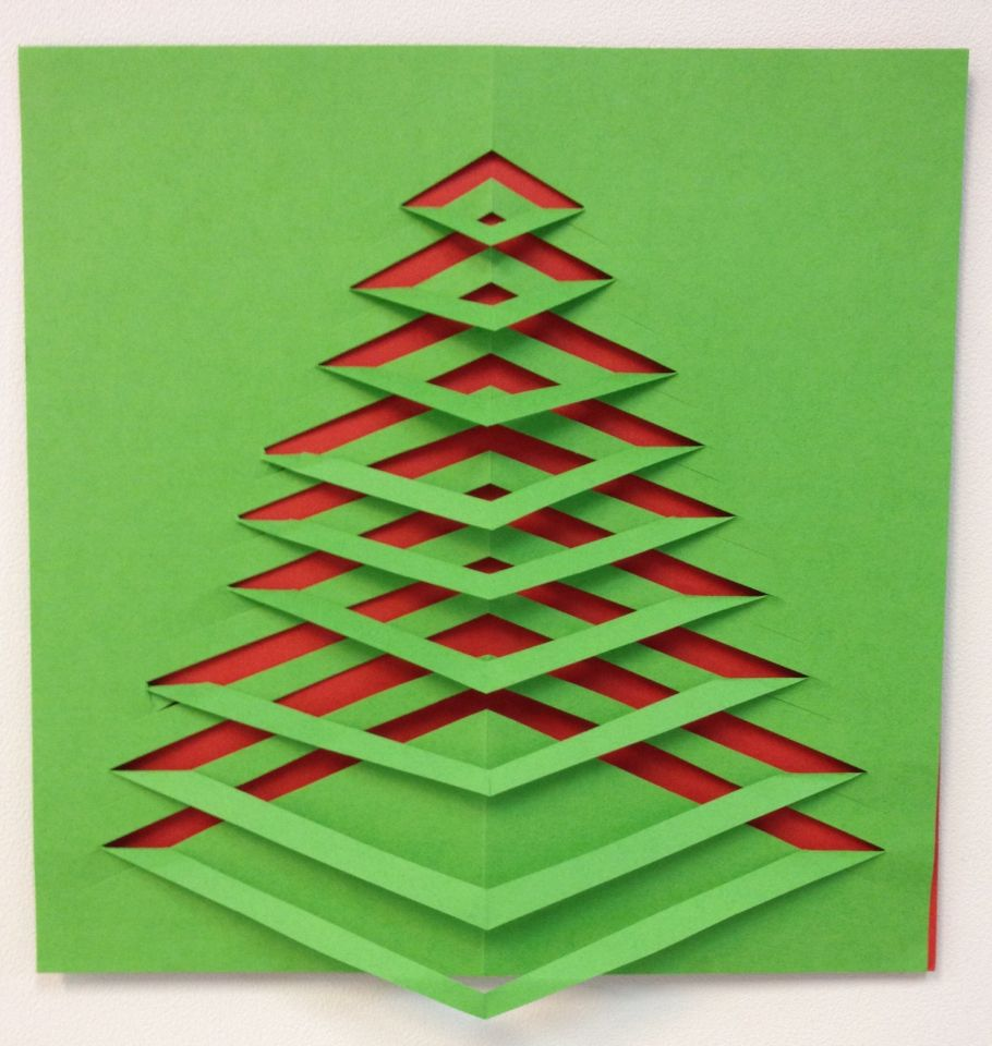 Kerstboom Knippen Dubbel Gevouwen Papier En Scheef Inknippen Aan De
