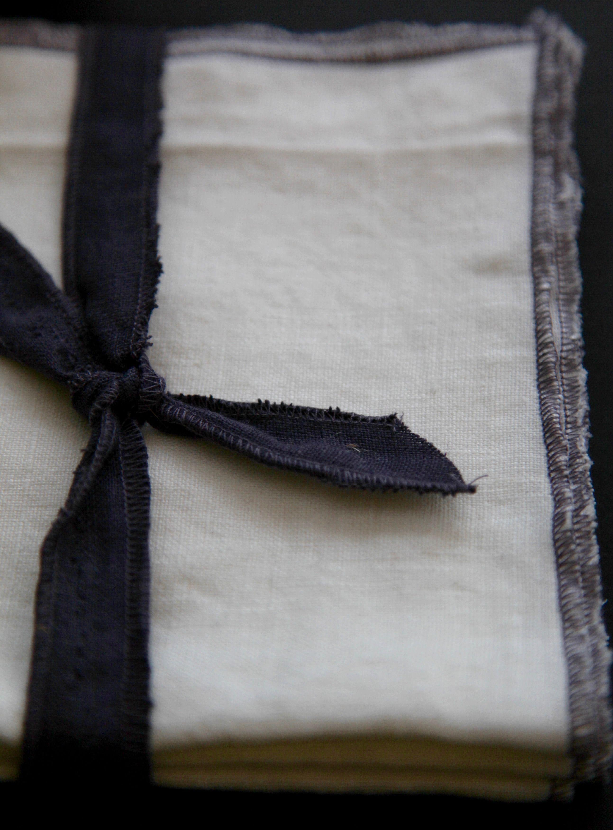 Linen Fabric Napkins In Natural Set Of 4 14 Inch Wedding Minimalist Kitchen Unpaper Napkins Housewarming Gift In 2020 Linen Fabric Fabric Napkin White Linen Napkins