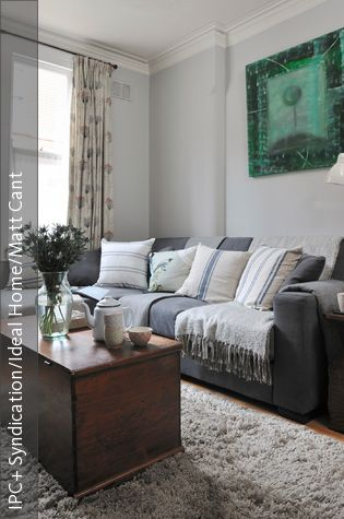 holztruhe als alternative zum couchtisch wohnzimmer wohnzimmer couch und couchtisch. Black Bedroom Furniture Sets. Home Design Ideas