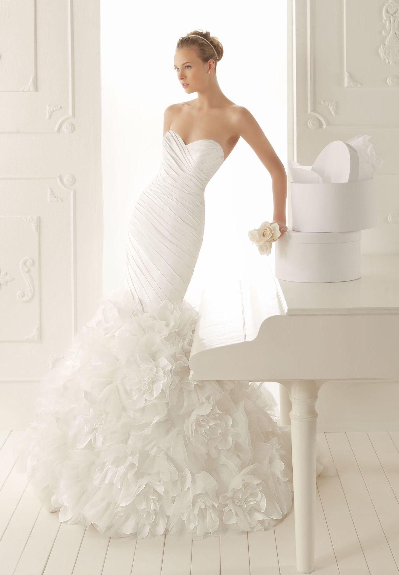 Mermaid ruffle wedding dress  Satin Sweetheart Mermaid Elegant Elegant Dress  Bride  WHITEAZALEA