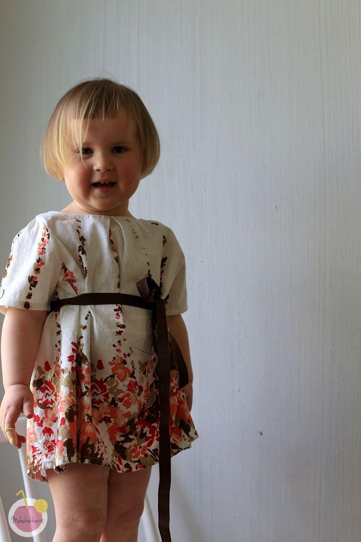 From old skirt to childs dress / Juhlamekko lapselle |