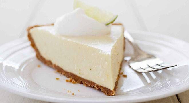 Il cheesecake è all'apparenza semplice da fare, che richiede però qualche piccolo accorgimento per la sua perfetta riuscita. Ecco la ricetta perfetta.