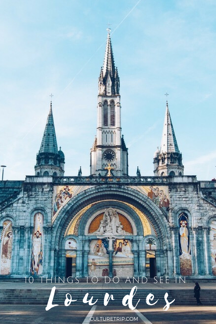 what do you do on a pilgrimage to lourdes