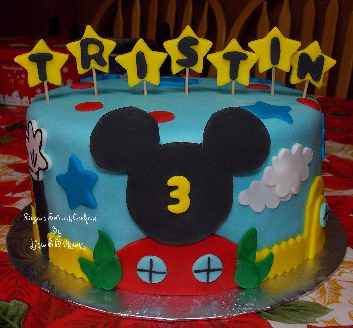 Mickey Mouse Clubhouse 3 Layer 8 White Cake Wstrawberry Filling