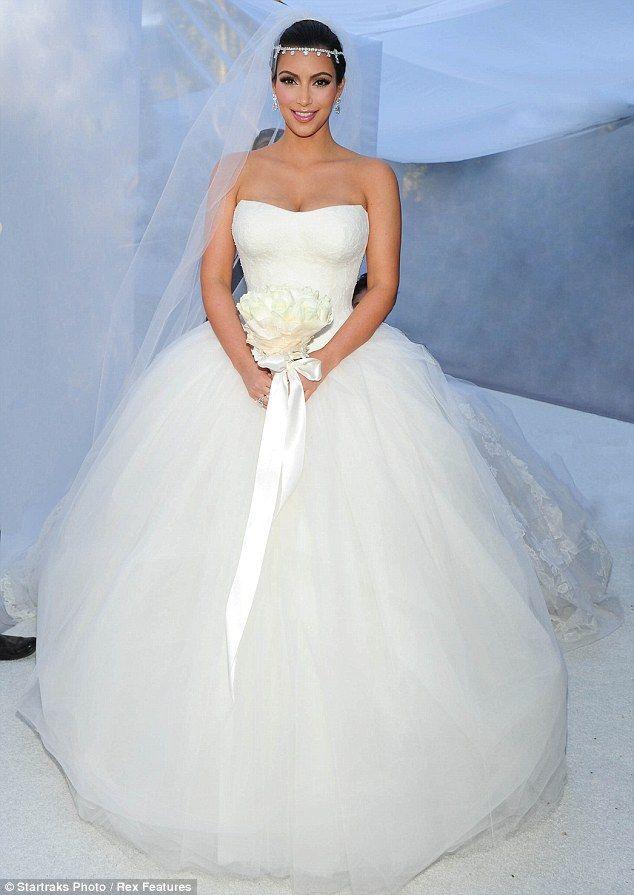 Kim Kardashian in Vera Wang | My wedding :) | Pinterest | Kardashian ...