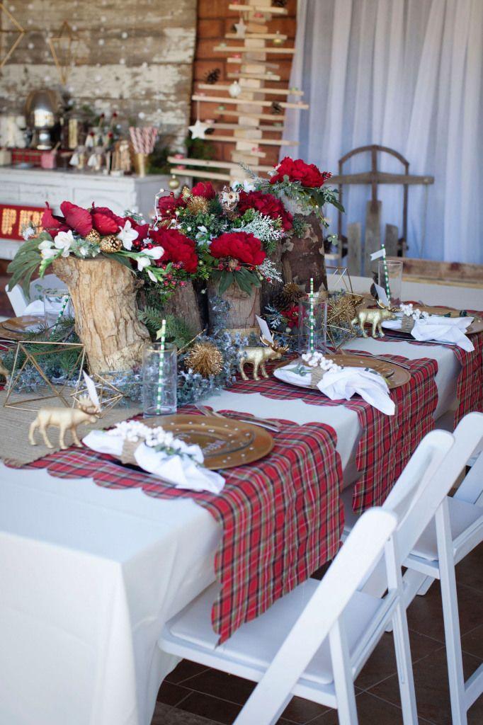 Modern Vintage Christmas Themed Party Modern Christmas Vintage Christmas Decorations Christmas Table Settings