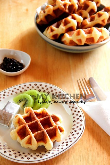Waffle_Leige_1 by Lydia's Corner, via Flickr