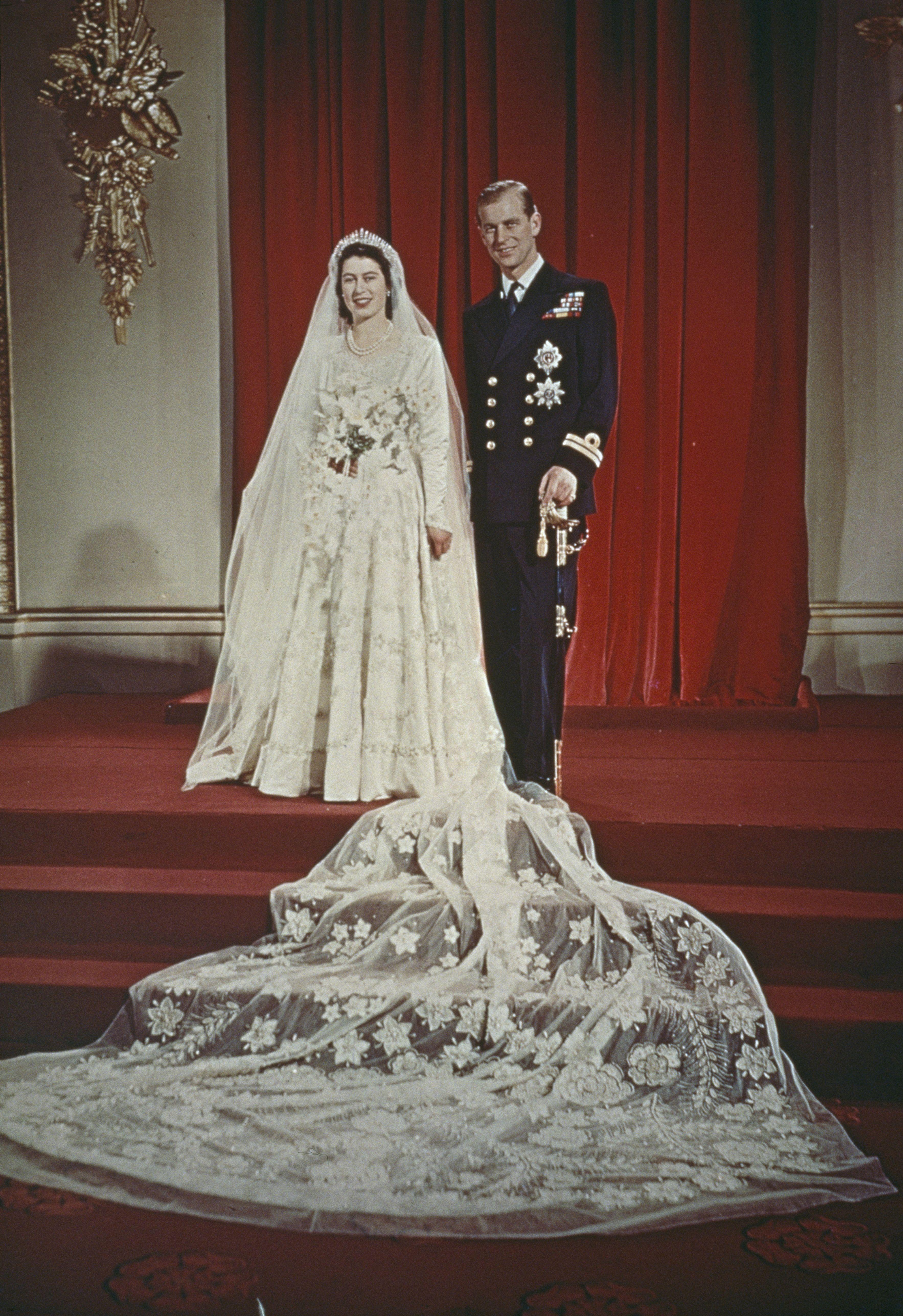 Isabel Ii De Inglaterra Princesa Elizabeth Realeza Britanica Bodas Reales