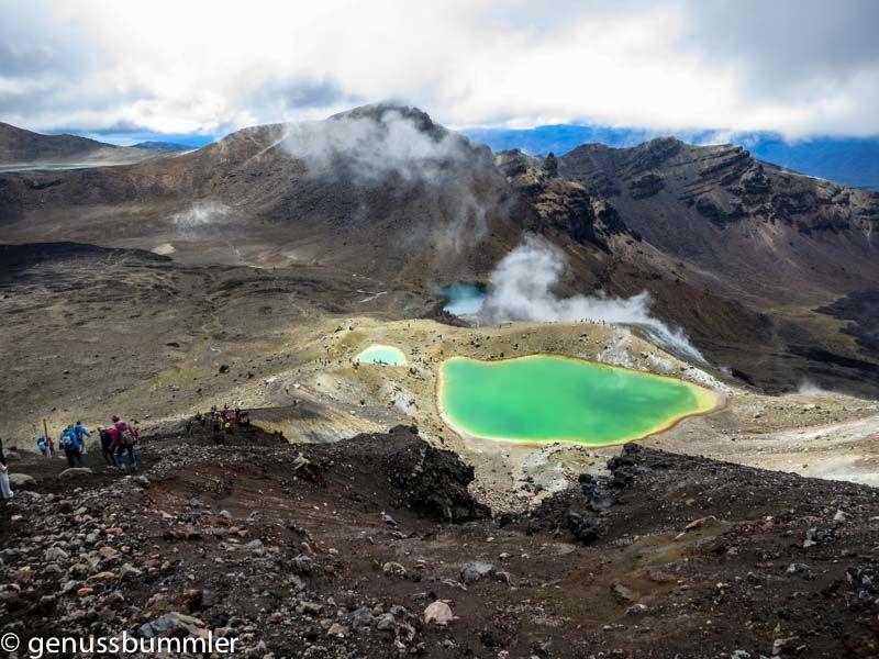 """""""Man kann nicht einfach nach Mordor spazieren"""". Der Tongariro Alpine Crossing führt durch Mordor und ist eine der schönsten Tageswanderungen Neuseelands."""